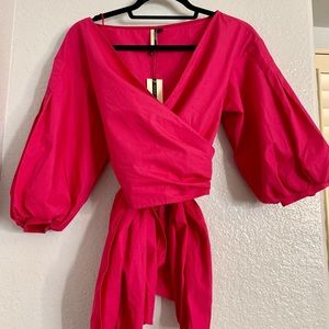Pink v cut blouse with flowy sleeves